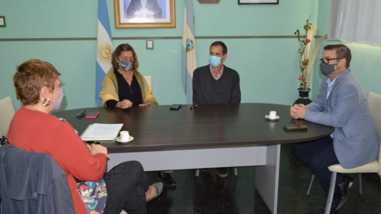 Funcionarios de Educación visitaron Villa Mirasol
