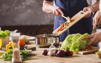 Desde el lunes comercios y gastronómicos trabajarán con atención al público
